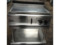 Lincat Grill Chrom top Flat plate Burger & Steak Gas Griddle with table