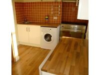 Two Bed Split Level 1st Floor Flat in Central Hove - No Tenant Fees