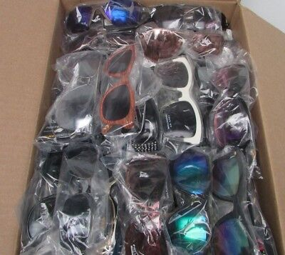 Wholesale Foster Grant Sunglasses Assorted Brands and Styles  New Lot of 75