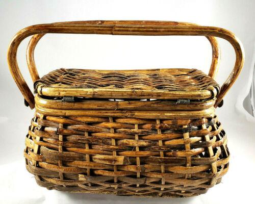 """Vintage Wicker Rattan Hinge Lid Basket 6""""x11""""x6"""", w/ Pair of Handles, EUC"""