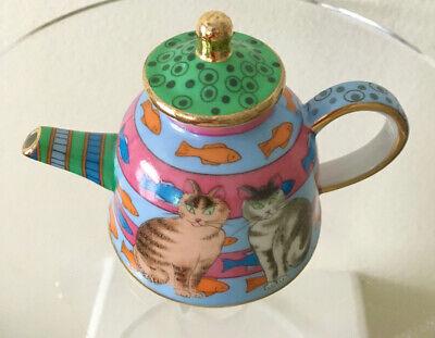 Handpainted Cats Ceramic Mini Teapot w/ Lid Brown Cat Gray Cat Vivian Chan 2002