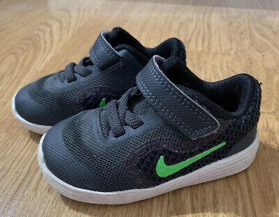 Nike Infant Boys Black Trainers Size 4.5