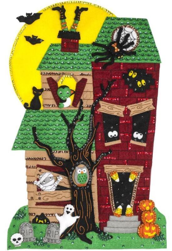 Bucilla Frightmore Manor Halloween House Wall Hanging Felt Craft Kit 86956E