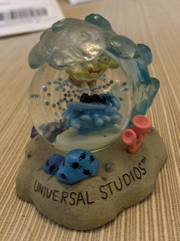 Vintage Universal Studios Snowglobe. Spongebob Squarepants.