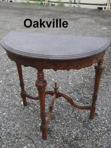 Semi-Circular Antique Table CARVED WOOD with Granite-Look Top Painted Hall Entranceway Retro Mid-Century Ornate