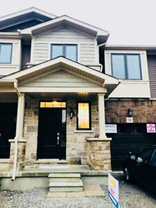 BRAND NEW 2-Story / 3-Bedroom TOWNHOUSE RENT