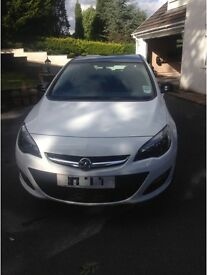 Limited edition White Vauxhall Astra 1.7 Litre Diesel 62 plate