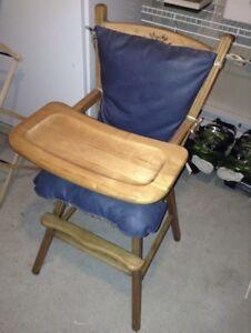 Chaise haute en bois avec housses lavables