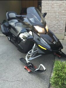 2012 Skidoo Grand Touring Special Edition