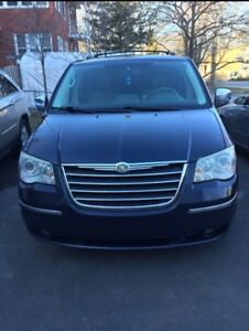 Chrysler Town & Country Ltd 2008