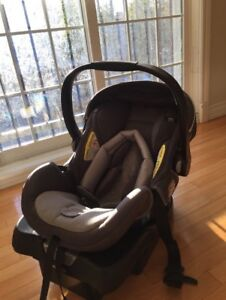 Safety 1st on Board Carseat with Base