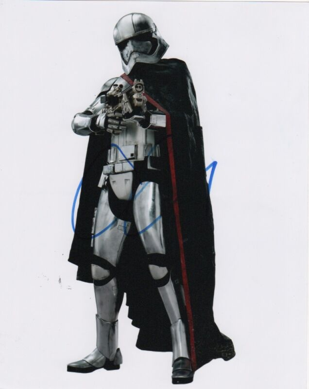 Gwendoline Christie Star Wars Autographed Signed 8x10 Photo COA
