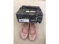 Mini Melissa pale pink size 25/26 UK 7/8