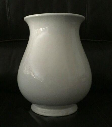Antique White Ironstone Vase Jardeniere Liverpool D.E. McNicol, 19th Century