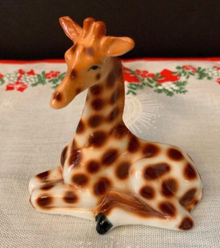 "Ceramic Giraffe Figurine Laying Down 3.5"" Vintage"