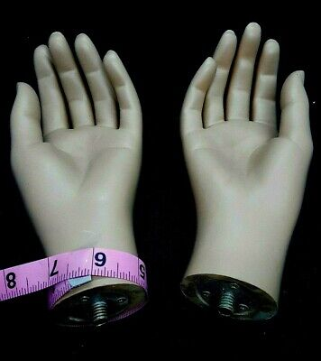 A Pair Of Hands For Full Body Fiberglass Mannequinfemale Skin Tone Hands-1pairf