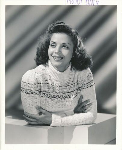 CAROL BRUCE Sweater Girl Original Vintage 1941 Universal PROOF Portrait Photo