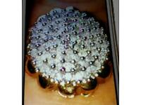 9ct solid gold ring with 1 whole carat worth of real diamonds perfect cond