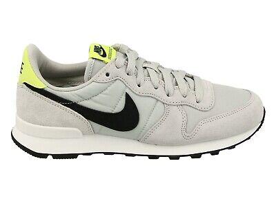 Nike Sneaker W Internationalist Grau / Schwarz / Neon-Gelb