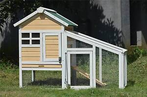 ♦♦♦ The Daisy Rabbit Hutch Brand New ♦♦♦ Londonderry Penrith Area Preview