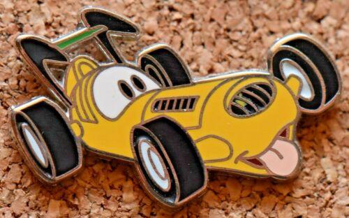 P6 DISNEY PIN CHARACTER CAR  PLUTO   VERY CUTE
