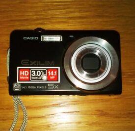 Casio Exilim 14 Mega Pixels 5x Camera