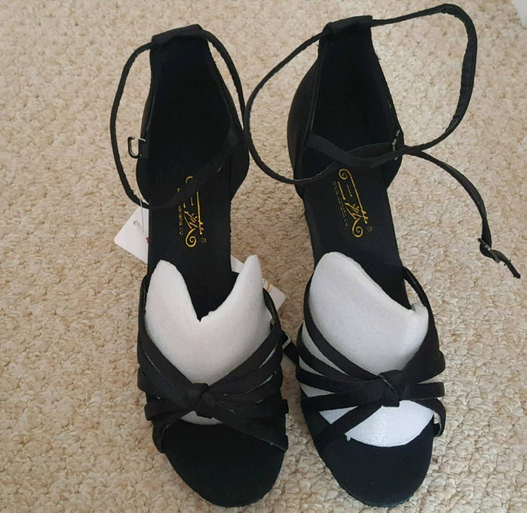New Latin/ Ballroom dancing shoes UK size 5