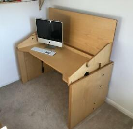 Convertible Desk. Office / Craft room / Sewing