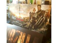 2 Rare 5ft SIGNED Tom Cruise Emily Blunt ElizabOlsen London Premiere Hard Board(& Godzilla) - Proof