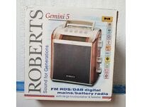 Roberts Gemini RD-5 DAB Digital Radio (Burl Walnut)