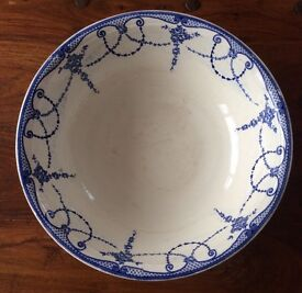 Vintage blue & white wash bowl