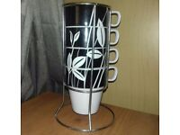 TU black & white leaf design 4 mug tree stand