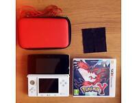 Nintendo 3DS, Pokémon Y, Case and Wires