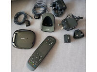 LOGITECH HARMONY ULTIMATE + HUB and accesoires