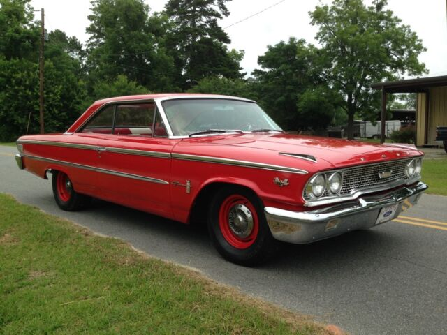 Ford : Galaxie fastback restored 1963.5 galaxie 500 big block, 4 speed!