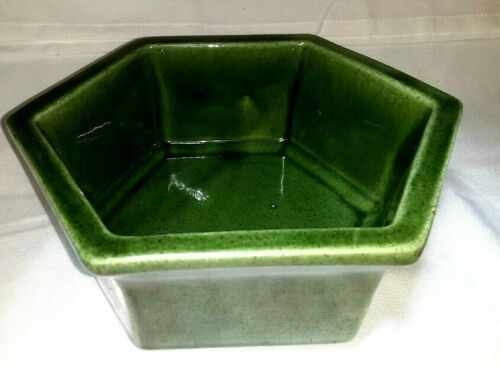 "Vintage Haeger USA #4003 Ceramic Hexagon Planter GREEN  8"" diameter Circa 1950"