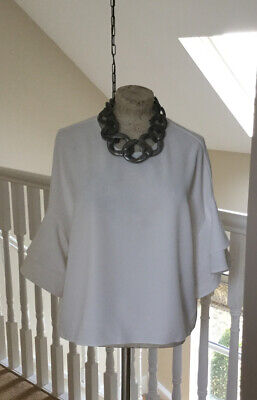 ***ZARA Ladies White Fabulous Blouse With Long Sleeves Size Large