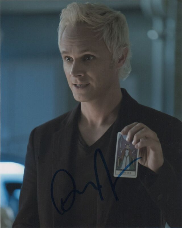 David Anders iZombie Autographed Signed 8x10 Photo COA