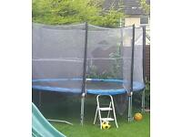 13 ft trampoline with enclosure