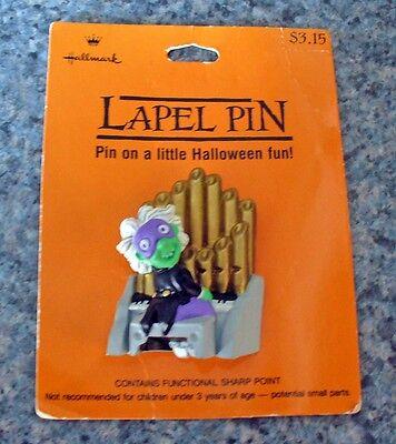 Hallmark PIN Halloween Vintage PHANTOM PIPE ORGAN Player Man Green Brooch NEW - Halloween Organ Player
