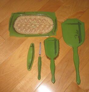 Antique-Vintage-Green-Bakelite-Hand-Mirror-Brush-Comb-Nail-File-Tray-Vanity-Set