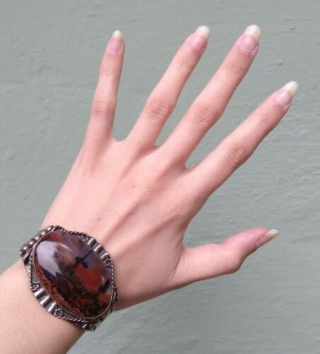 GREAT VINTAGE NAVAJO INDIAN SILVER SCENIC PETRIFIED WOOD CUFF BRACELET*