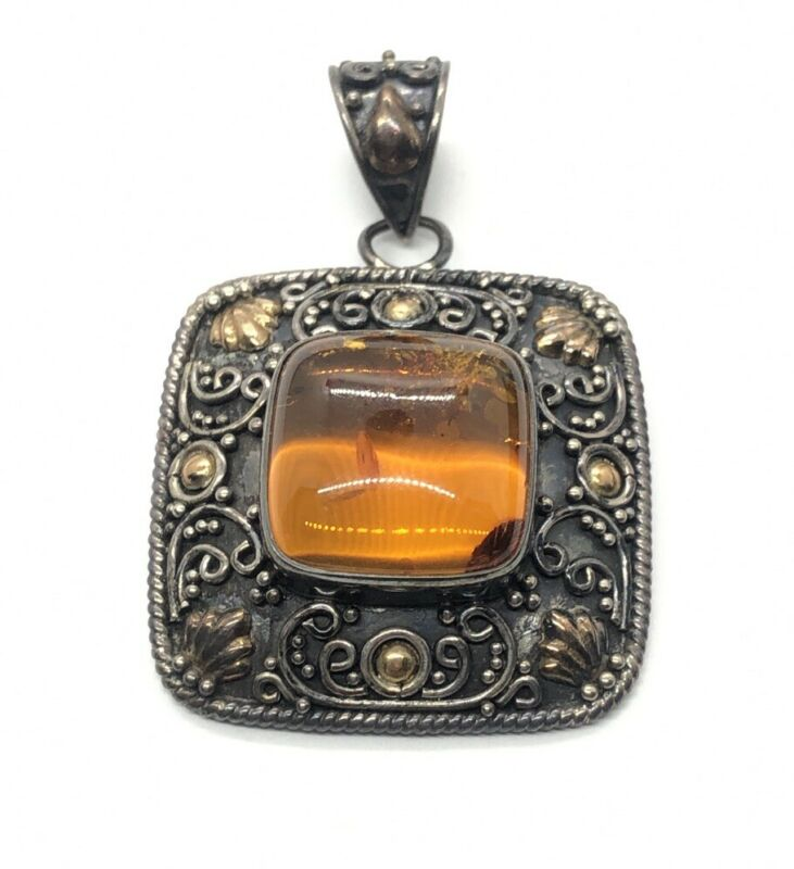 18k Yellow Gold and Sterling Silver 925 Pendant Bali Suarti Amber
