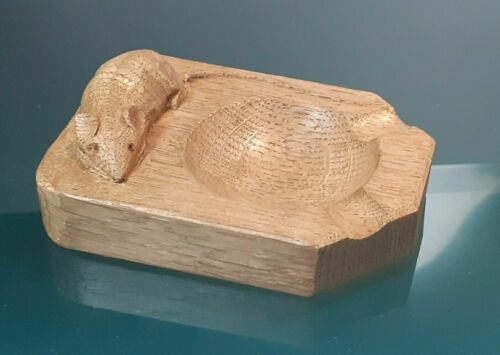 Mouseman Robert Thompson Carved Oak Ashtray, Vintage 1960s