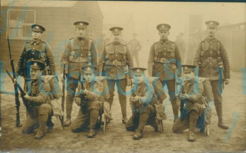 WW1 South Wales Borderers Section Group photo in Full kit and rifles