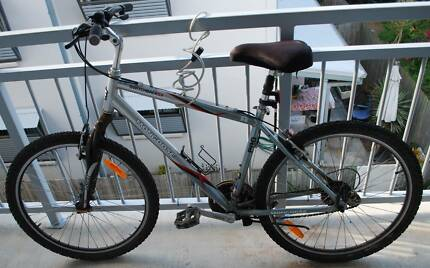MUST SELL! PERFECT CONDITION, RIDE TO UNI/MARKET OR WEEKEND