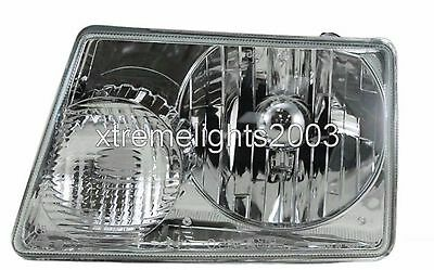 WINNEBAGO VOYAGE 2004 2005 2006 LEFT DRIVER HEADLIGHT LAMP HEAD LIGHT RV