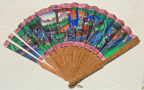CINA (China): Old Chinese sandalwood carved fan with box - damaged