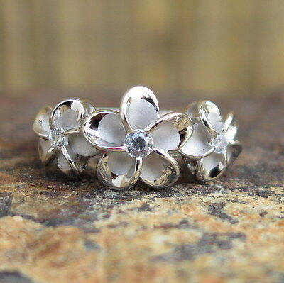 (Hawaiian Sterling Silver Three Plumeria Flowers CZ Wedding Ring Band 10mm SR2078)