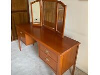Stag Dressing table in lovely condition.